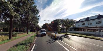 Automobilist rijdt op hardloopster in en grijpt haar bij de keel in Soest