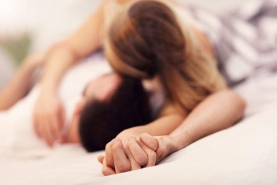 Vrij verteld: Is het liefde of seks bij dochter?
