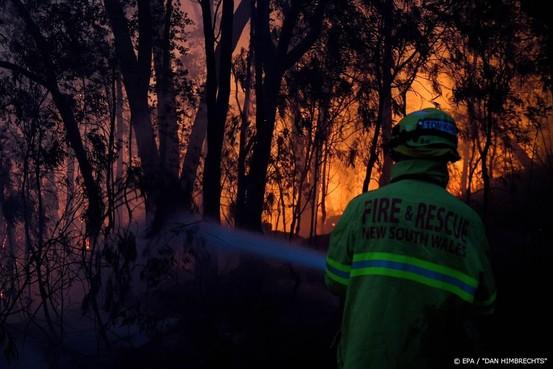 Bosbranden teisteren oosten van Australië