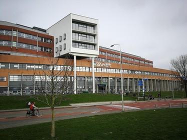 Telefoon klantcentrum Dijklander Ziekenhuis in Hoorn staat roodgloeiend na invoering elektronisch patiëntendossier