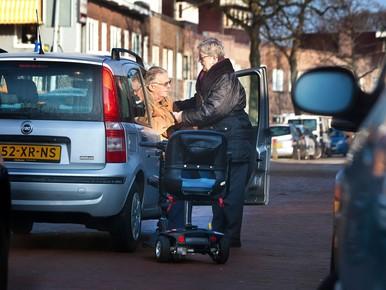 Slag om invalidenparkeerplekken in Haarlem is begonnen