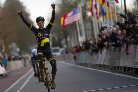 Zege in Drenthe is voor wielrenner Pim Ligthart een streep onder alle ellende