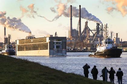 Informatieavond over zeesluis: Onvrede over afgesloten sluisroute blijft maar de bloeddruk is wat gedaald