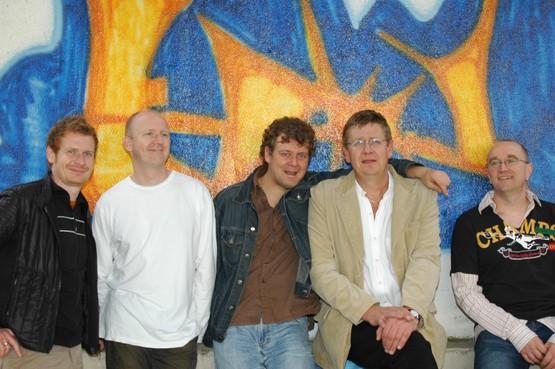 Muzikaal eerbetoon aan overleden Enkhuizer 'levenskunstenaar' Fred Smit