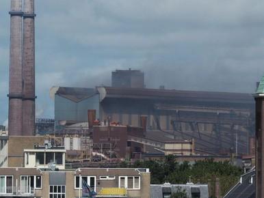 Lekkend staal veroorzaakt brand in machines Tata Steel