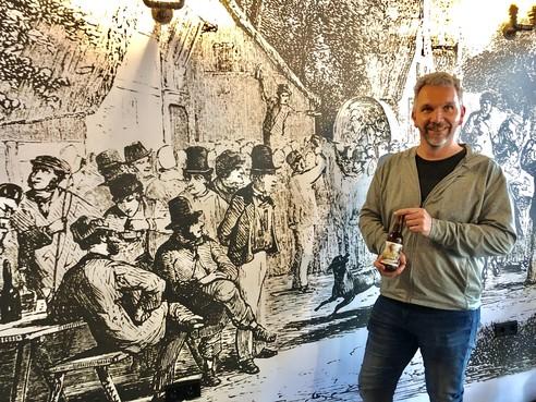 Antonio Cavé presenteert met 'Pareltje aan de Vliet' nieuw Voorschotens bier